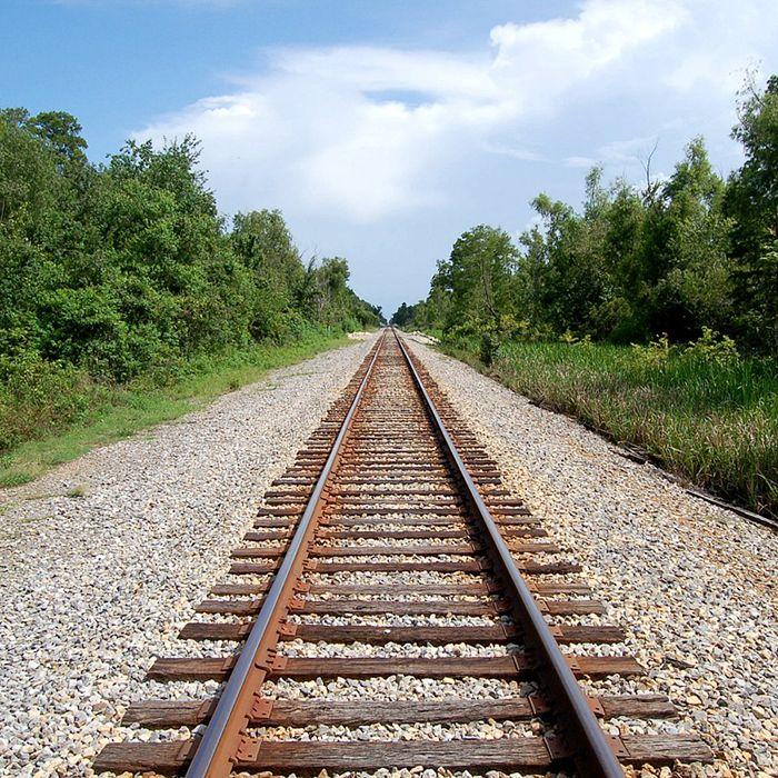 railroadtracks2