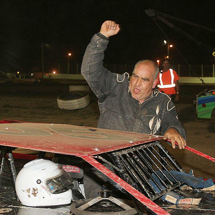 Wallaceburg's Mike Lewis celebrates a heat victory Saturday at South Buxton. (James MacDonald ApexOne Photo)