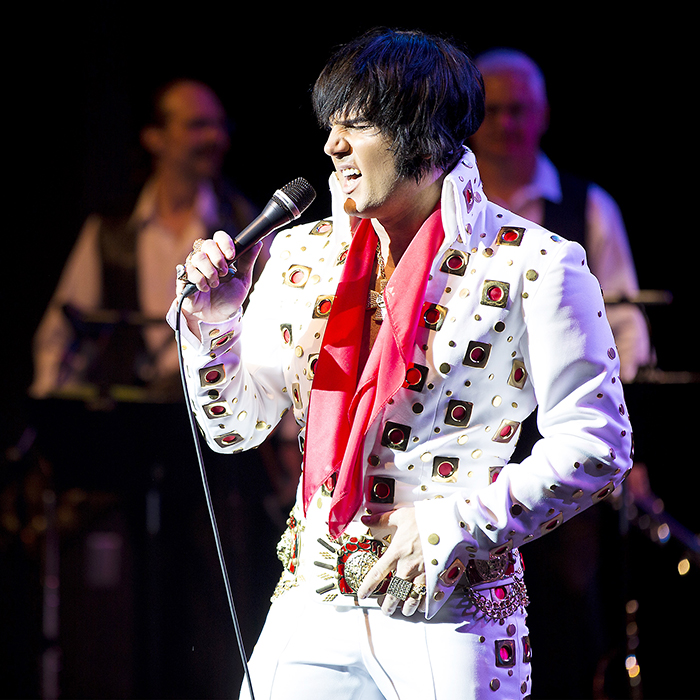 Chris Conner, a UK Elvis tribute artist, joins Pete Paquette on stage in Chatham April 29.