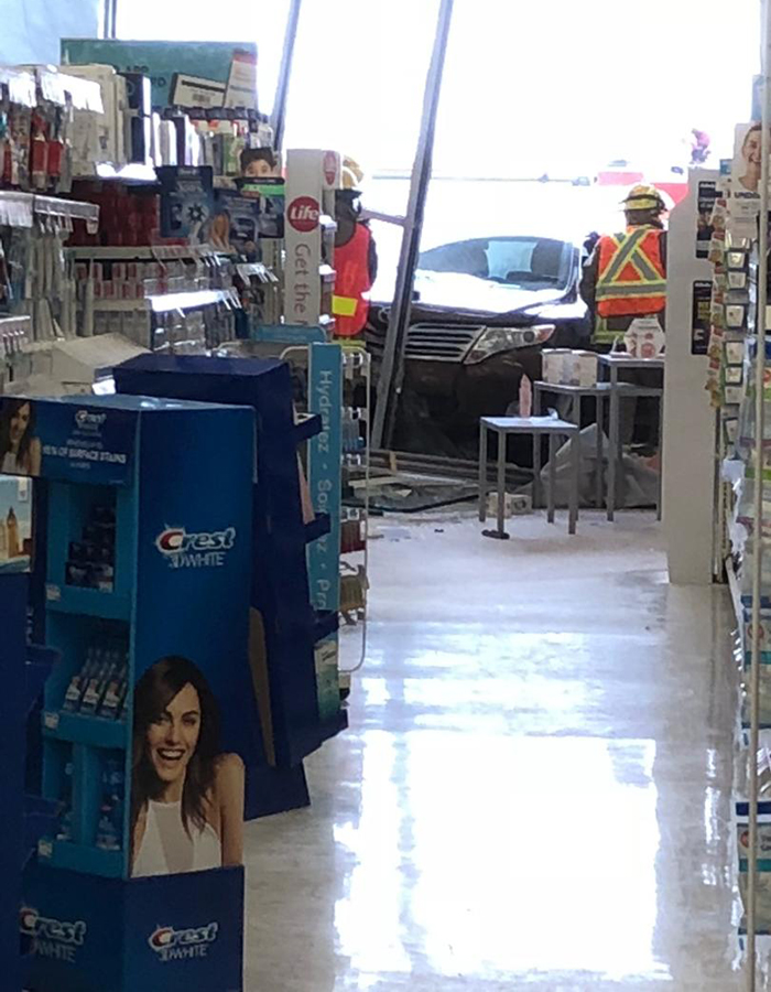 Car smashes into Wallaceburg store - The Chatham Voice
